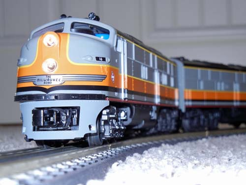 Milwaukee E-8, MTH